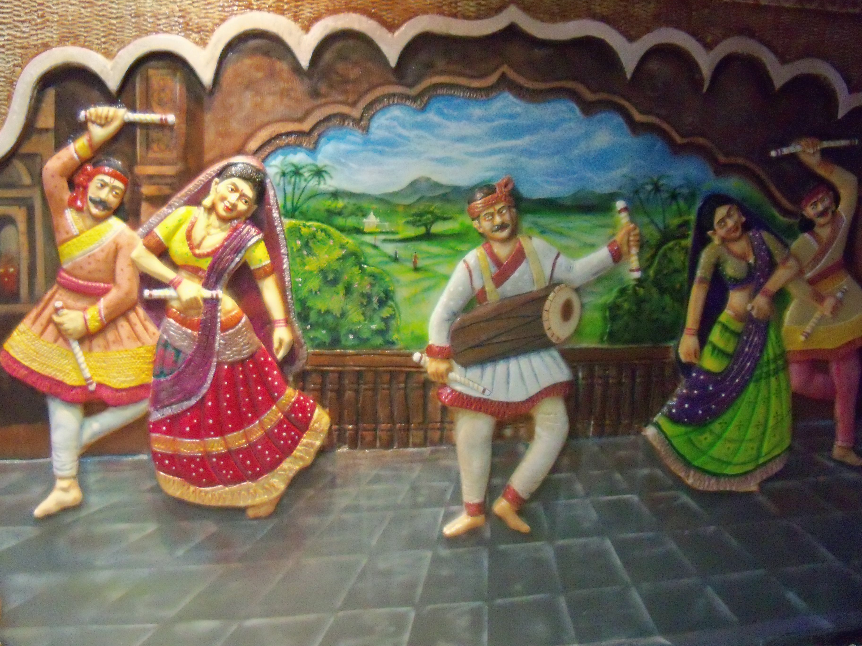 big art business pvt company undertaking art job works big our company big art business pvt is one of the leading company selling paintings art and craft material we have a team of professional artists in